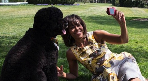 michelle-obama-selfie-bo